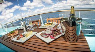 Top Deck Club – Liveaboard